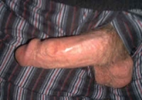 Right_Pointing_Penis_Gallery_012.jpg
